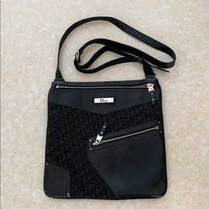 Dior street chic messenger bag